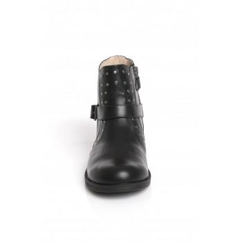 Μαύρο δερμάτινο μποτάκι Mayoral 48729
